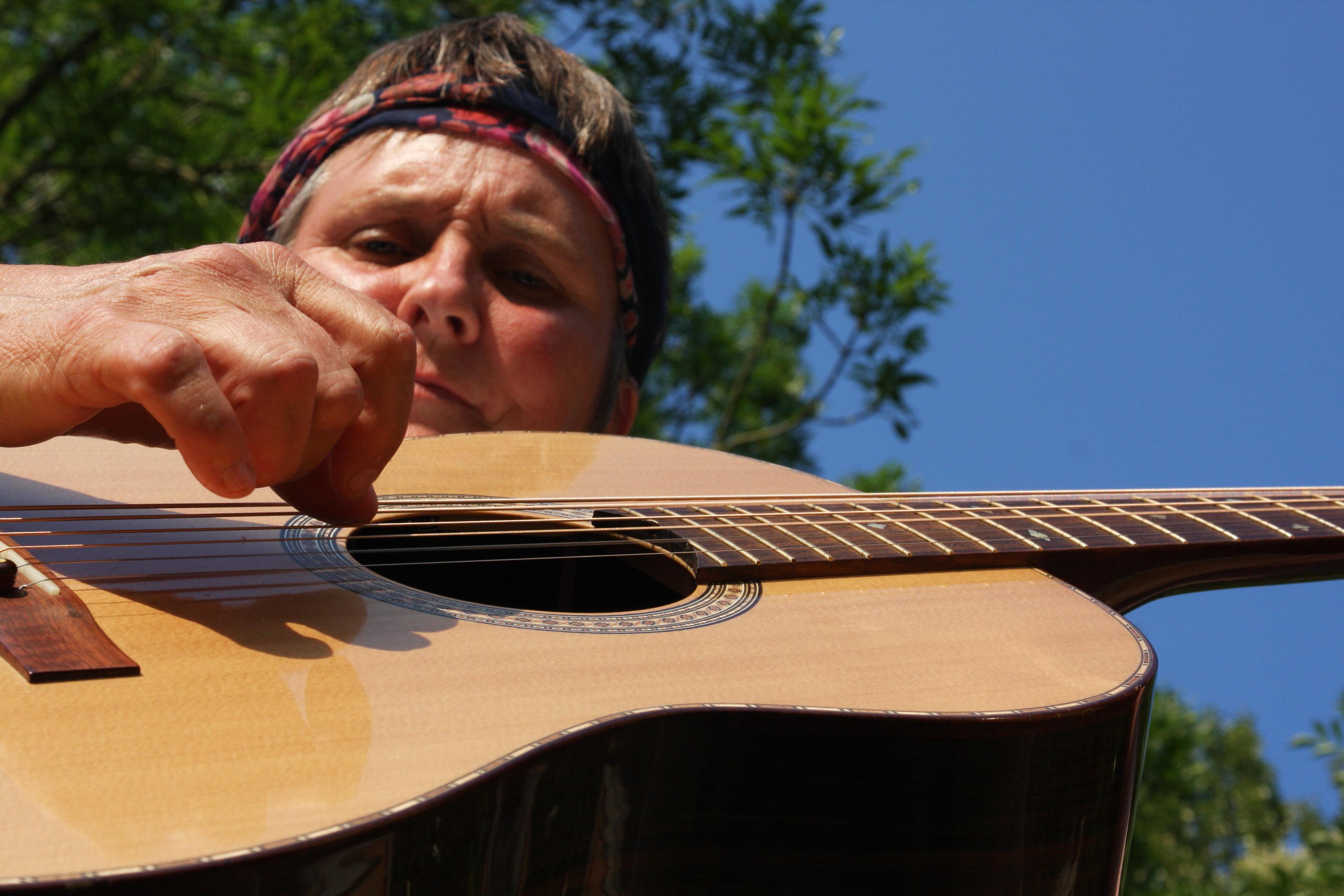 Lynn pick guitar
